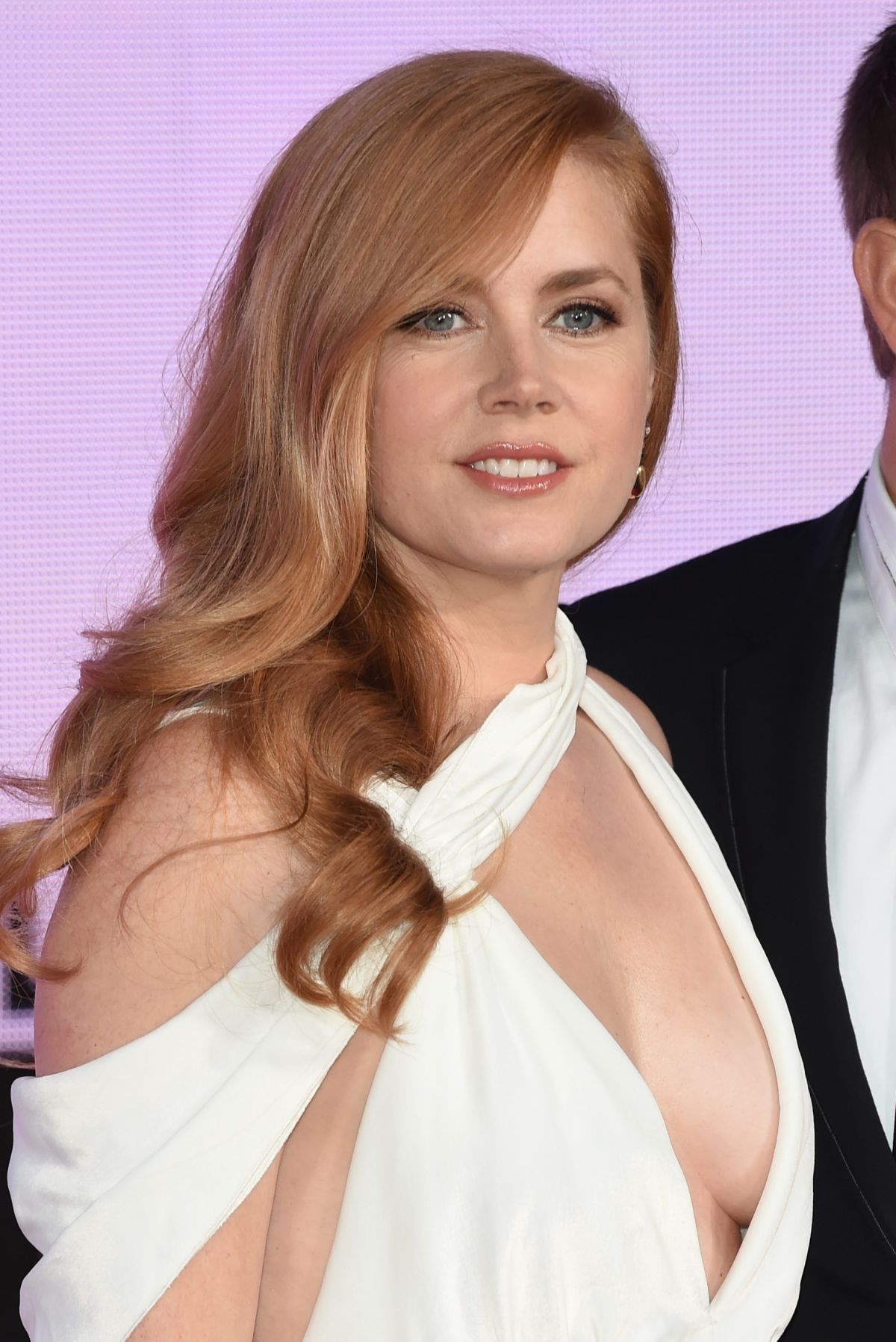 AMY ADAMS at Arrival P... Amy Adams