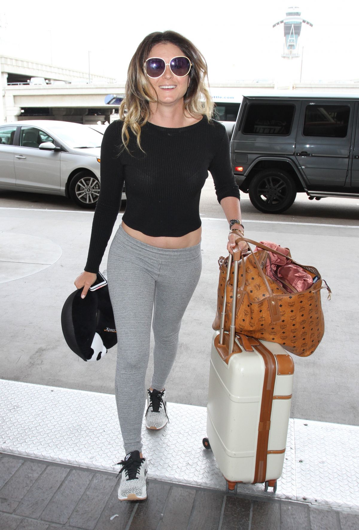ANASTASIA ASHLEY at Los Angeles International Airport 10/15/2016