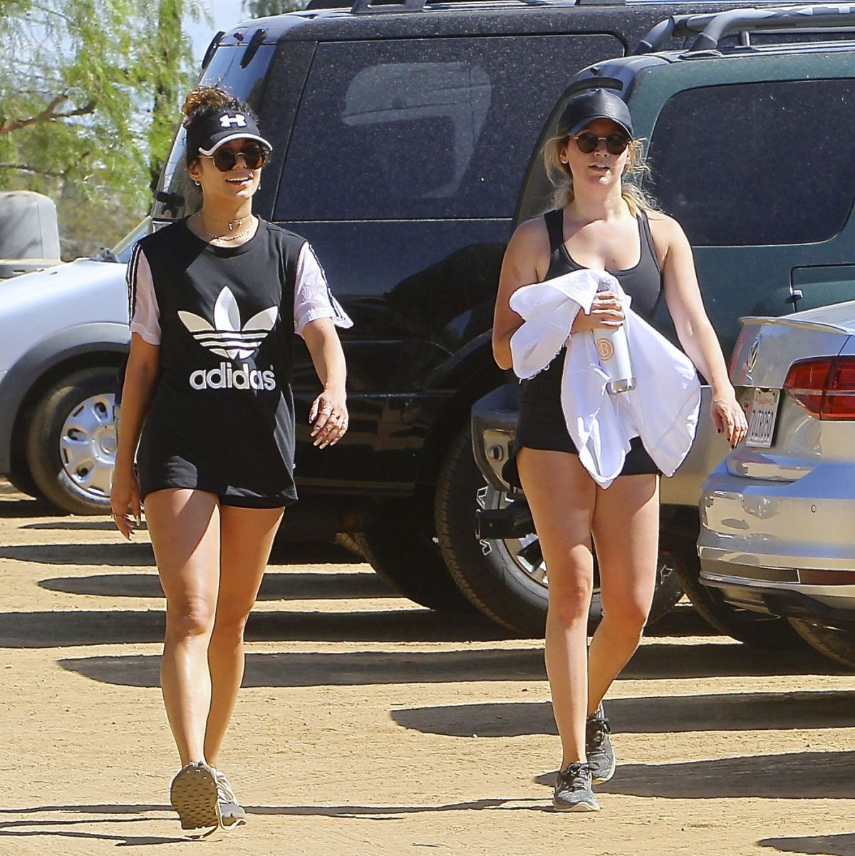 ASHLEY TISDALE and VANESSA HUDGENS Out Hiking in Los angeles -09/29/16 mq