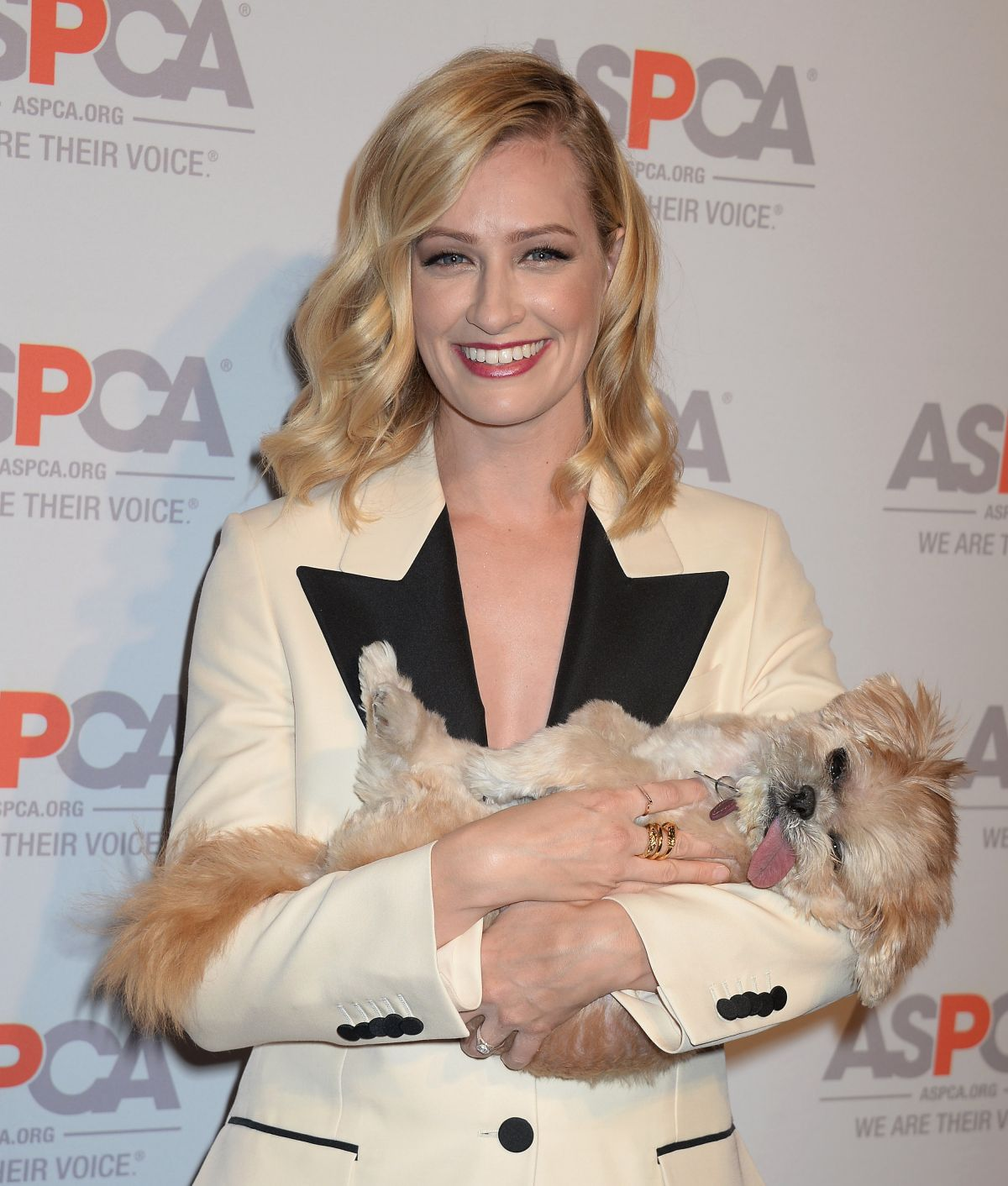 BETH BEHRS at Aspca's Los Angeles Benefir 10/20/2016
