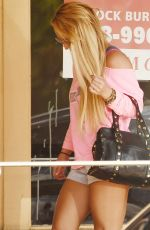 BRITNEY SPEARS at a Tanning Salon in Calabasas 10/05/2016