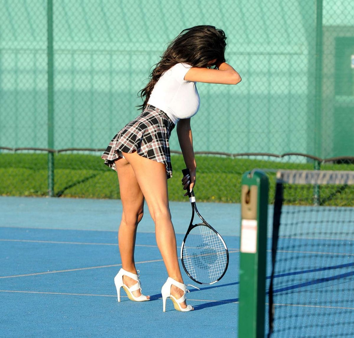 CHLOE KHAN Playing Tennis at a Court in Manchester 10/15/2016