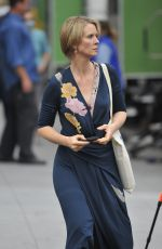CYNTHIA NIXON on the Set of