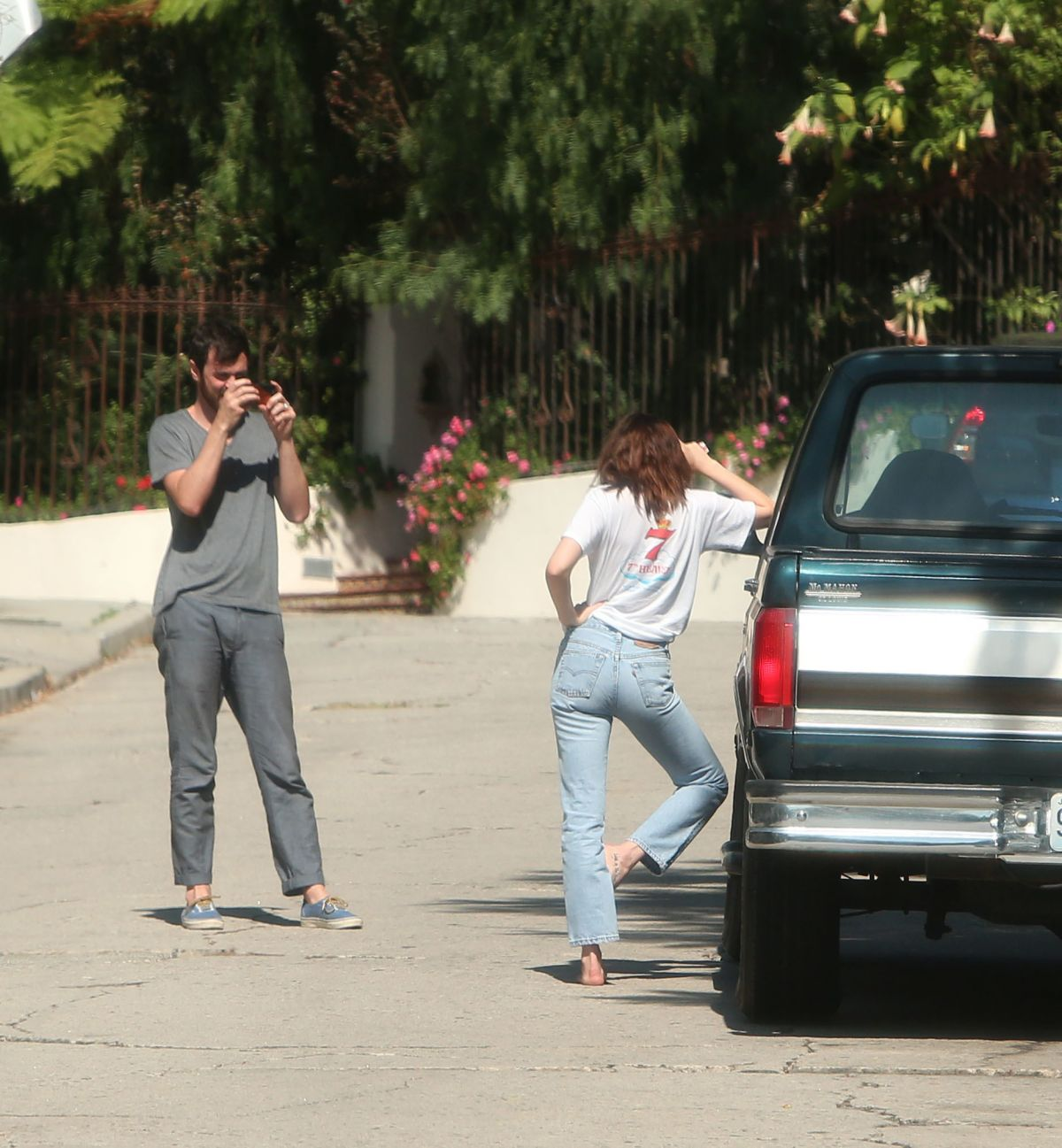 Dakota Johnson Receives A Clic Pickup Truck From Her Friends For 27th Birthday 10