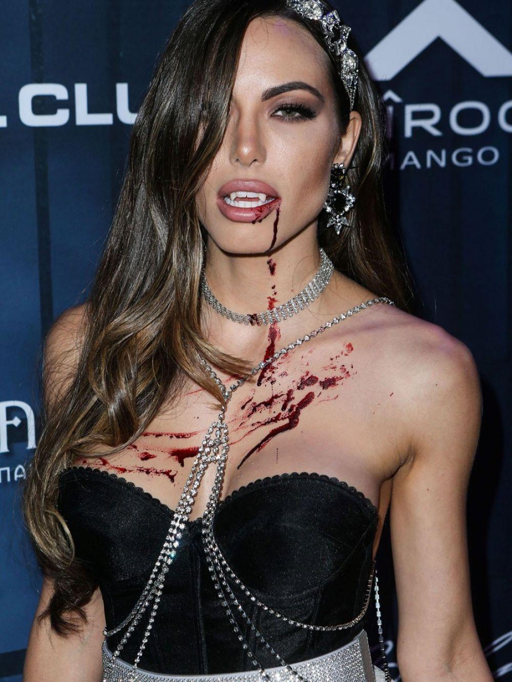 ELIZABETH SMITH at Maxim Halloween Party in Los Angeles 10/22/2016