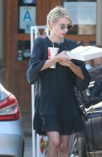 EMMA ROBERTS Picks up Some Lunch Out in Los Angeles 10/04/2016