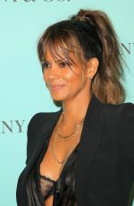 HALLE BERRY at Tiffany & Co Store Renovation Unveiling in Los Angeles 10/13/2016