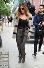 JENNIFER LOPEZ Leaves a Shoot in New York 10/03/2016