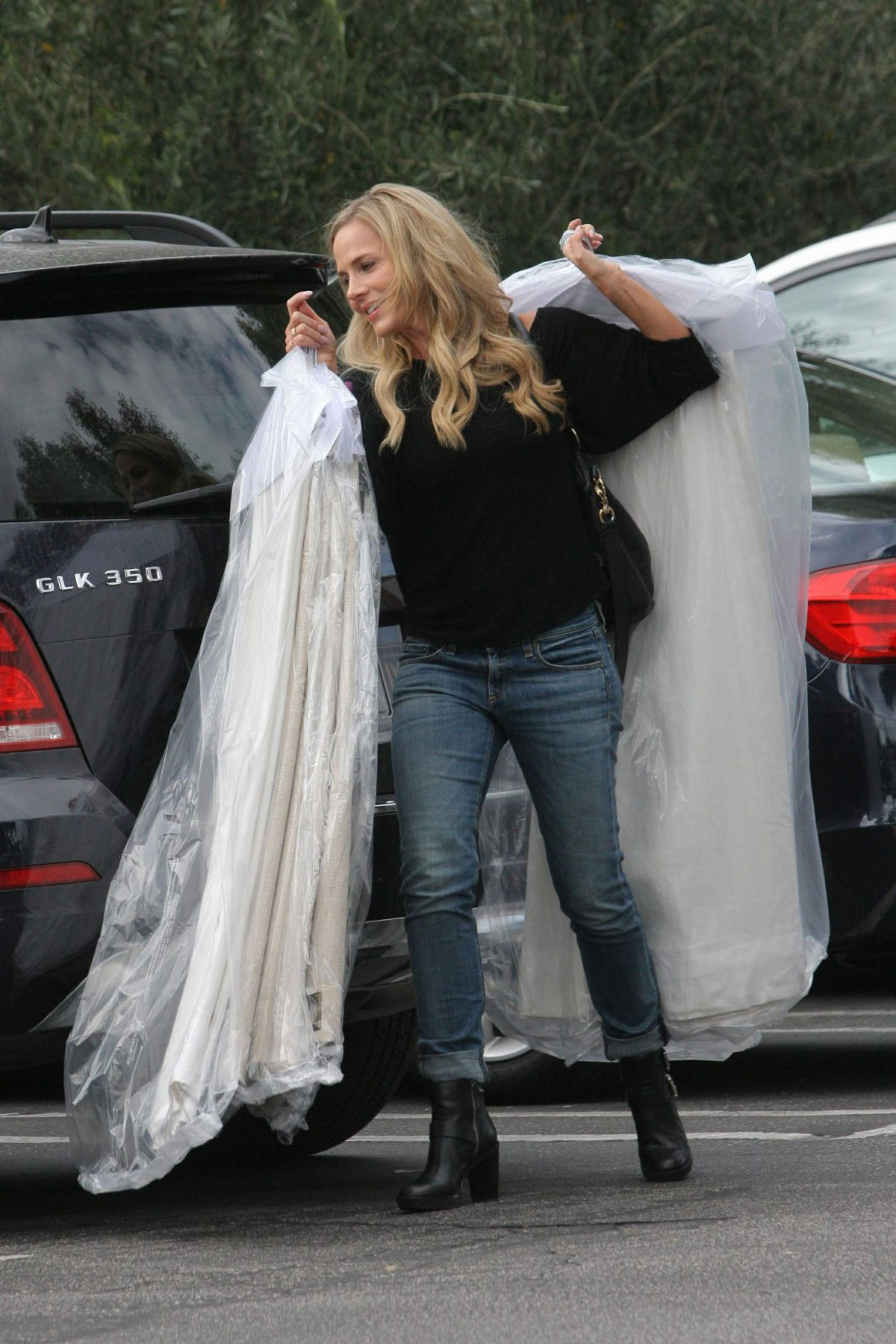 JULIE BENZ Picking Up Her Dry Cleaning in Beverly Hills 10/29/2016
