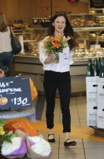 JULIETTE LEWIS Buys Flowers at Erewhon Market in West Hollywood 10/26/2016