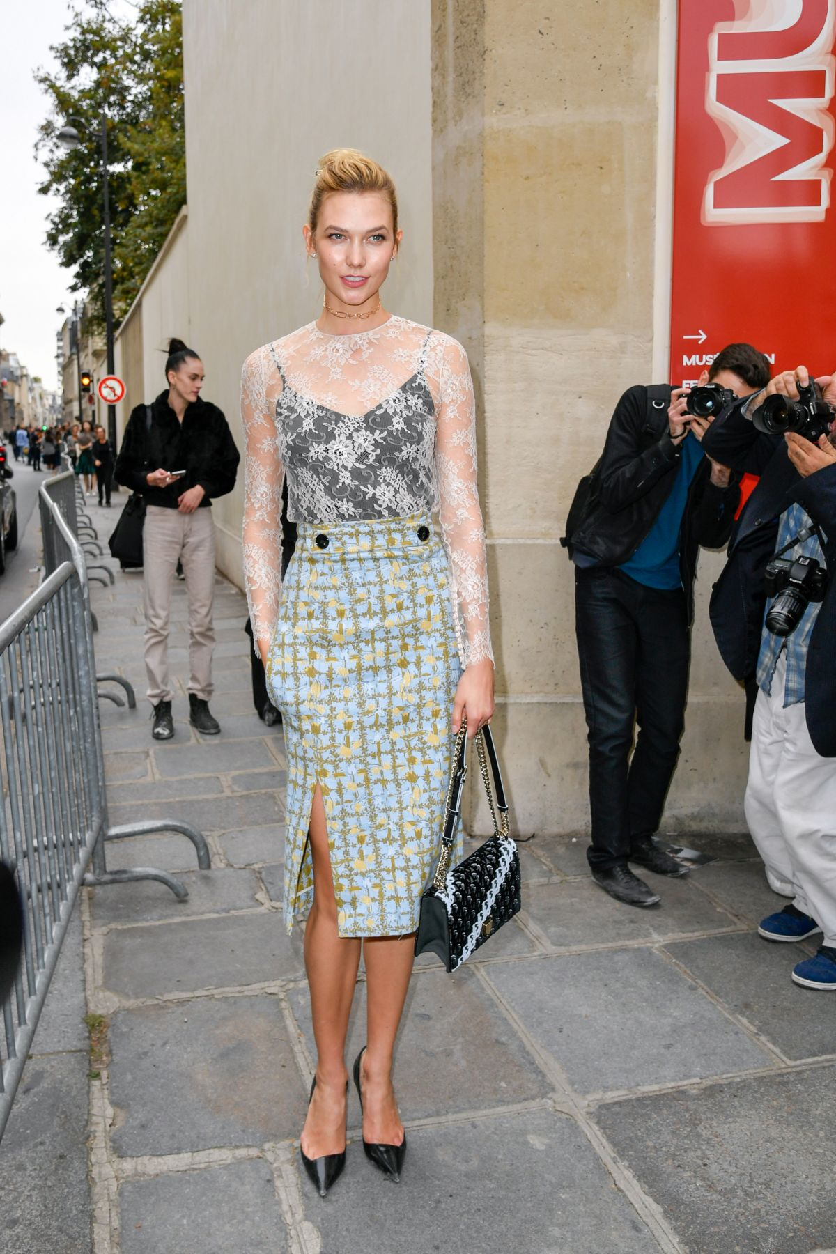 Karlie Kloss At Dior Spring Summer 2017 Fashion Show Paris Week 09