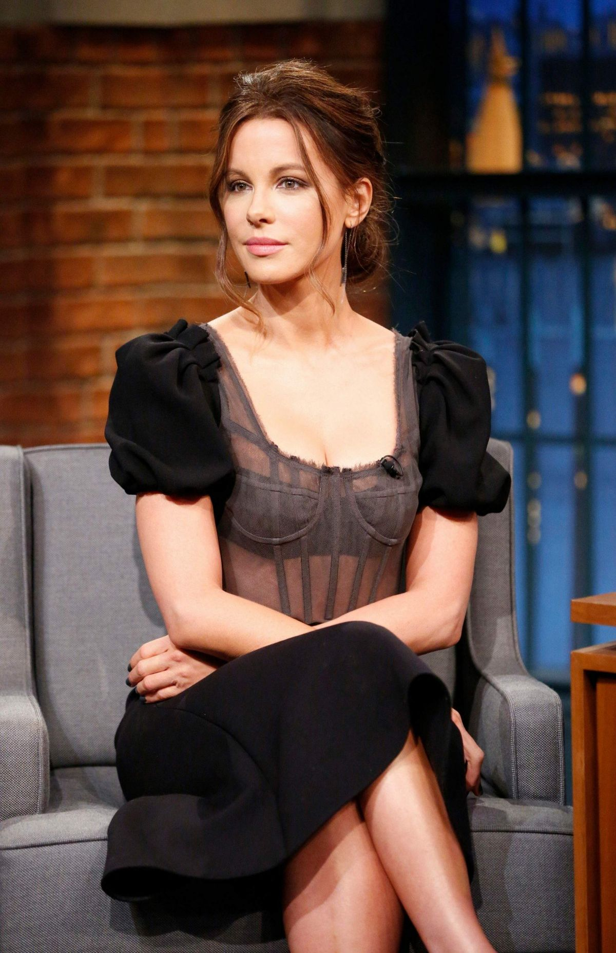 KATE BECKINSALE at Late Night With Seth Meyers in New York 10/26/2016 ...