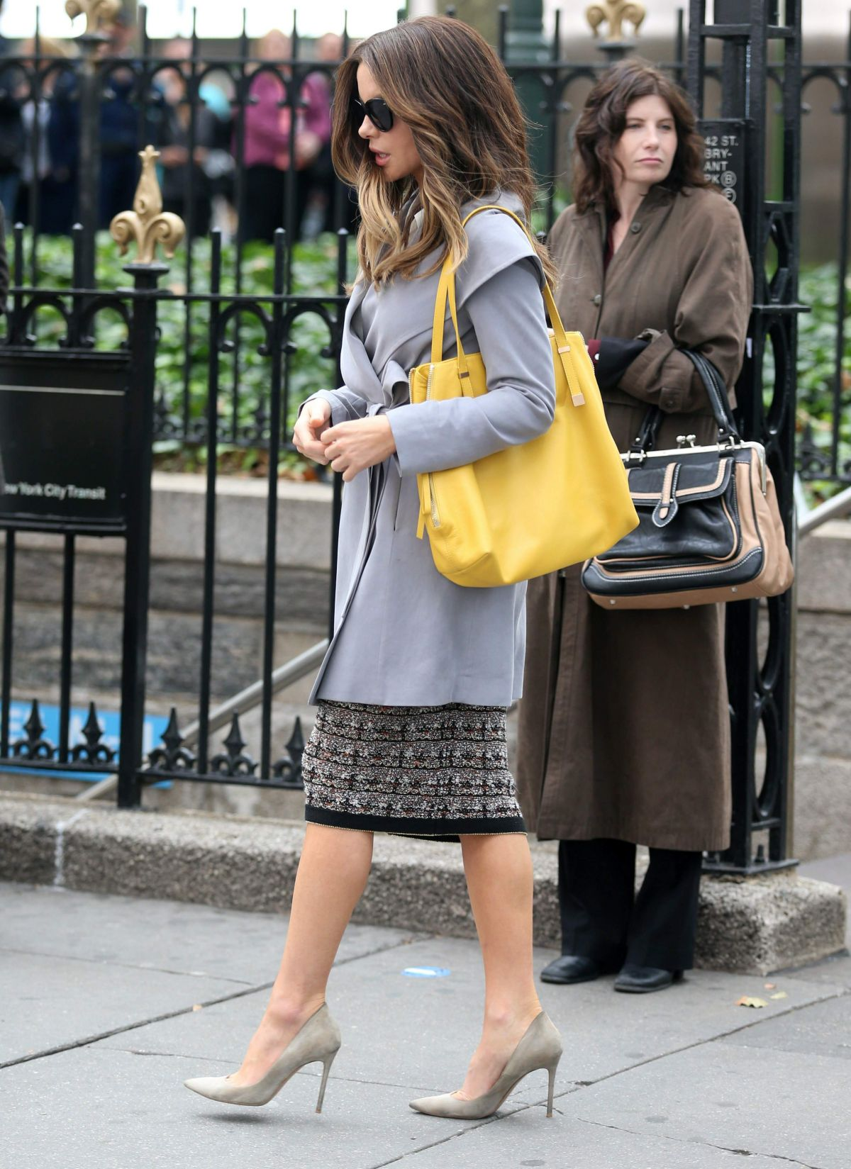 Kate beckinsale at the only living boy movie set in new york 10 kate beckinsale at the only living boy movie set in new york 10122016 sciox Image collections