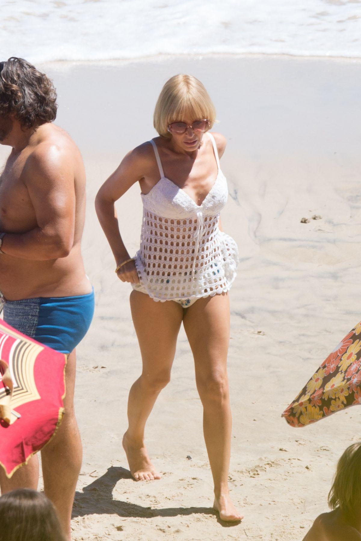 Kylie Minogue Bikini 65