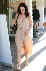 MARA TEIGEN Heading to a Salon in Beverly Hills 10/20/2016