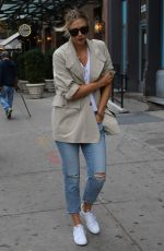 MARIA SHARAPOVA Out and About New York 10/20/2016