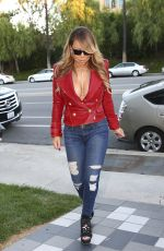 MARIAH CAREY Out and About in Calabasas 10/21/2016