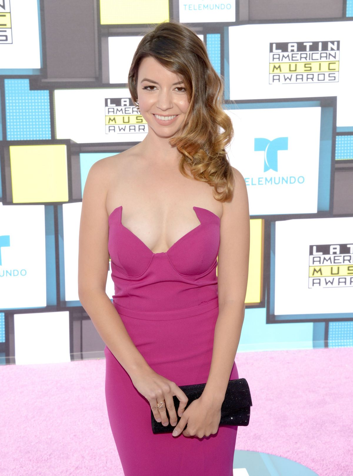 MASIELA LUSHA at 2016 Latin American Music Awards in Hollywood 10/06/2016