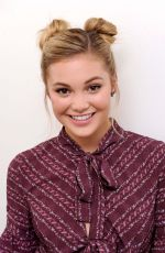 OLIVIA HOLT Performs at Neutrogena & Teen Vogue Show in New York 09/30/2016