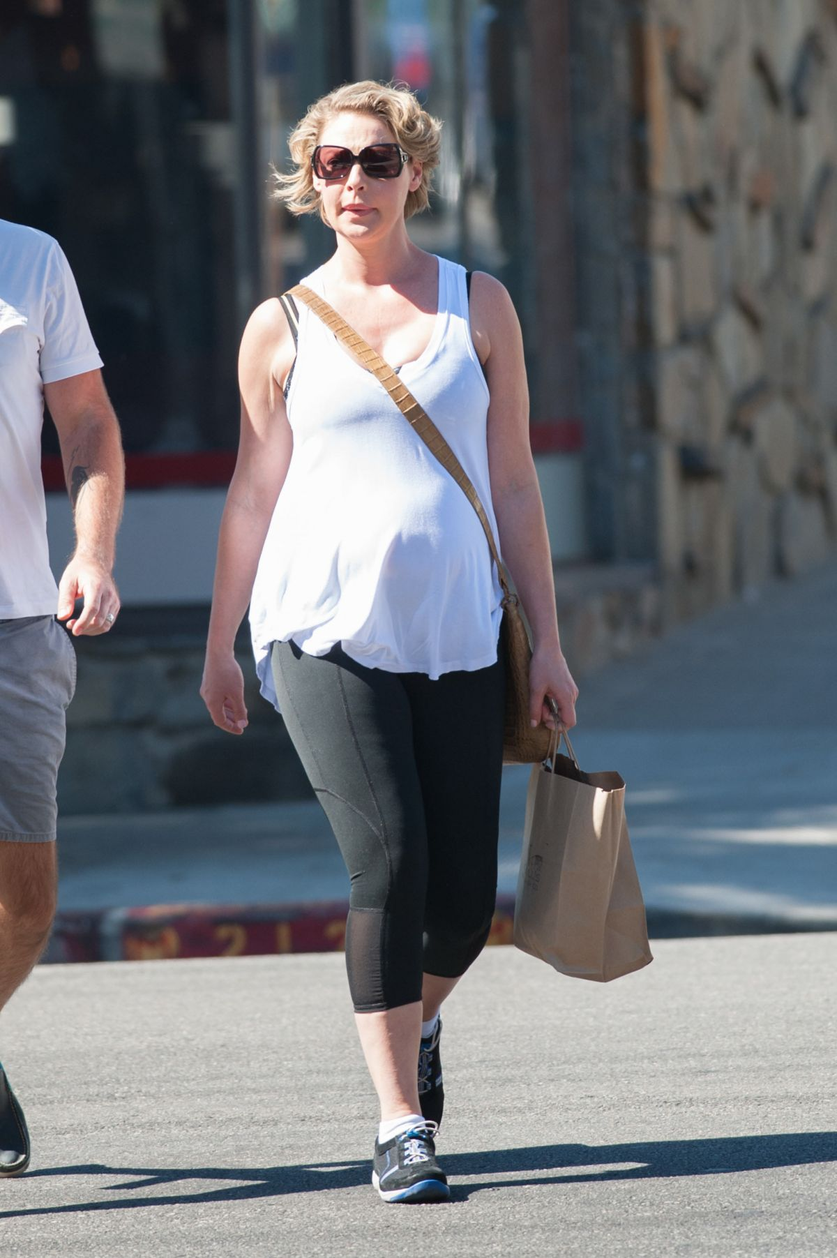 Pregnant KATHERINE HEIGL Out And About In Los Angeles 10 ...