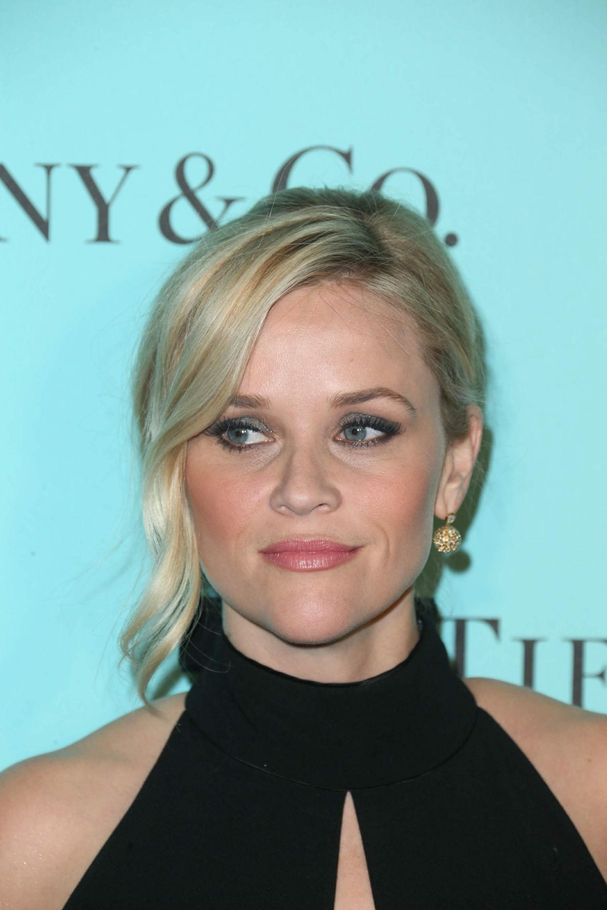 REESE WITHERSPOON at Tiffany & Co Store Renovation Unveiling in Los ...