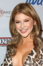 RENEE OLSTEAD at Fashion Tails Adopt a New Attitude 10/06/2016