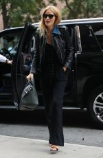 ROSIE HUNTINGTON-WHITELEY Arrives at Her Hotel in New York 10/20/2016