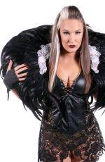 WWE - Brandi Rhodes and Sienna