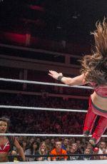 WWE - WWE