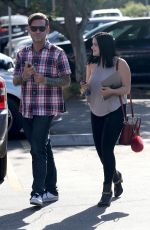ARIEL WINTER Visits a School to Take a College Classes in Los Angeles 11/09/2016