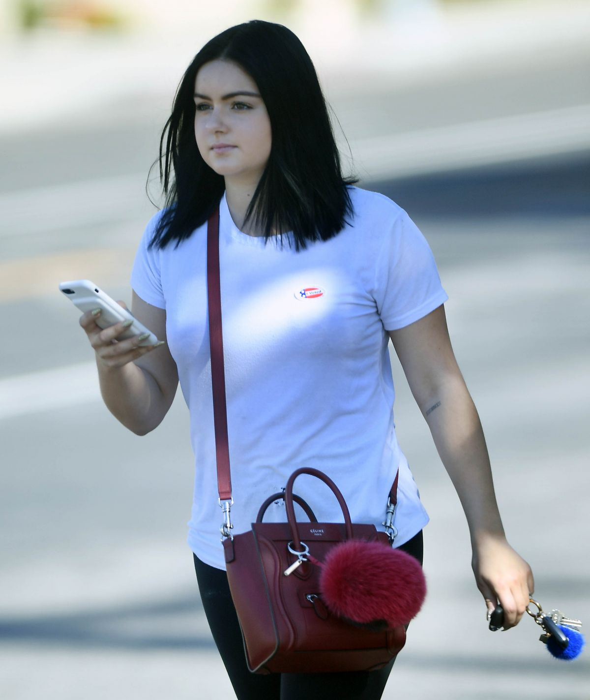 ARIEL WINTER Voting in Her First General Election Ever in Los Angeles 11/08/2016
