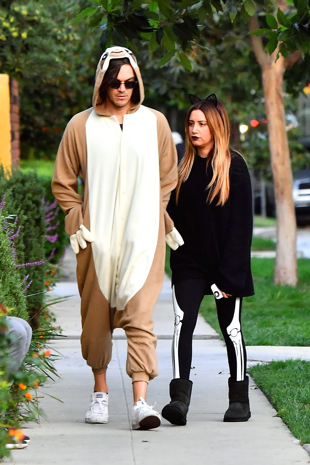 ashley tisdale out trick or treating on halloween in toluca lake 10312016 - Ashley Tisdale Halloween