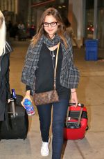 BAILEE MADISON at Pearson International Airport in Toronto 10/31/2016