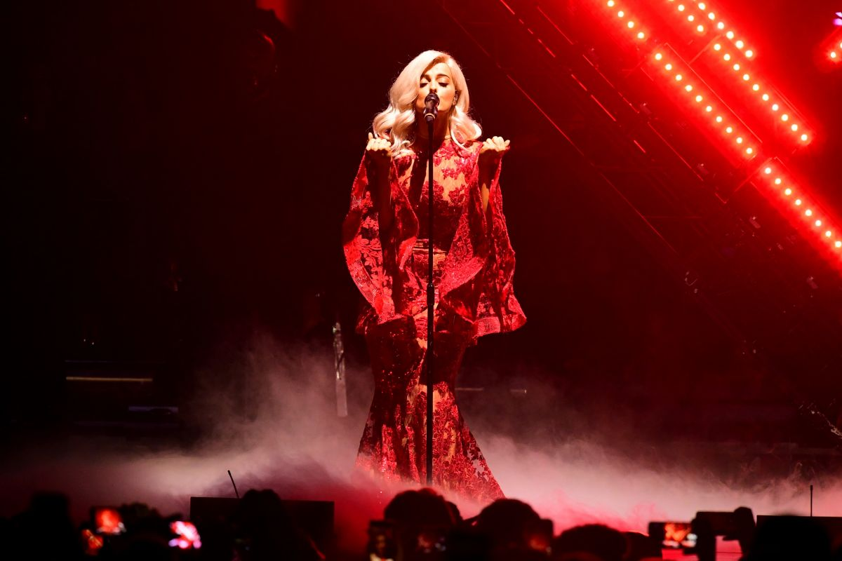 BEBE REXHA Performs at MTV Europe Music Awards 2016 in Rotterdam 11/06/2016