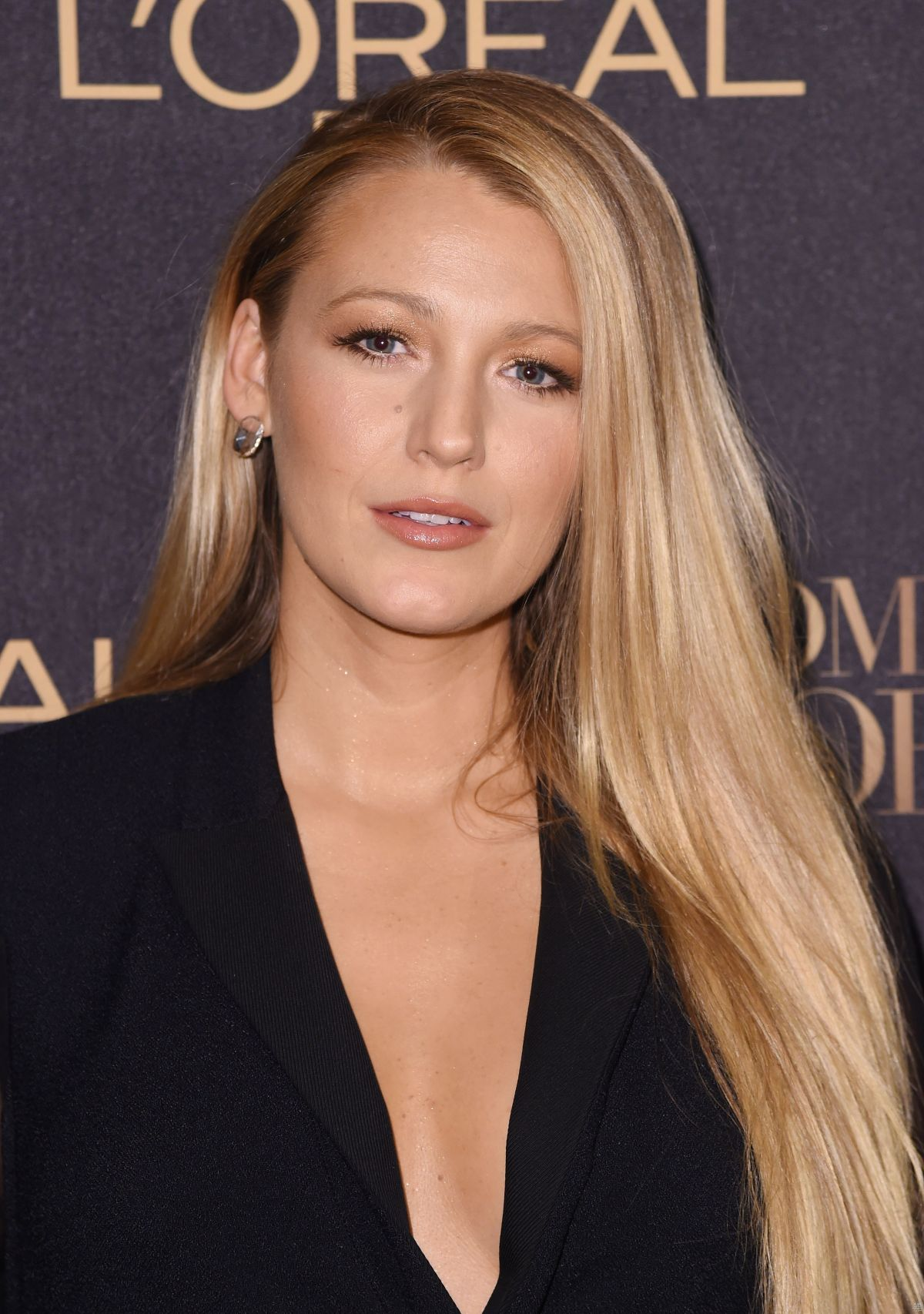 BLAKE LIVELY at L'Or...