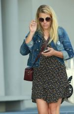 BUSY PHILIPPS Out for Shopping in West Hollywood 11/16/2016