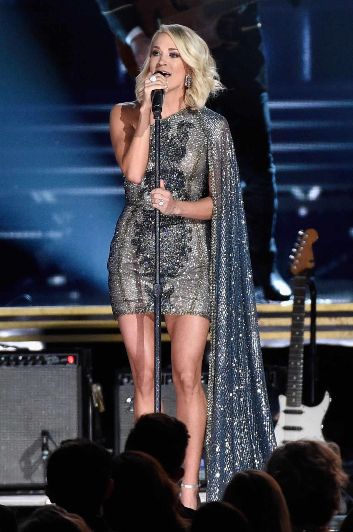 carrie underwood at 50th annual cma awards in nashville 11. Black Bedroom Furniture Sets. Home Design Ideas