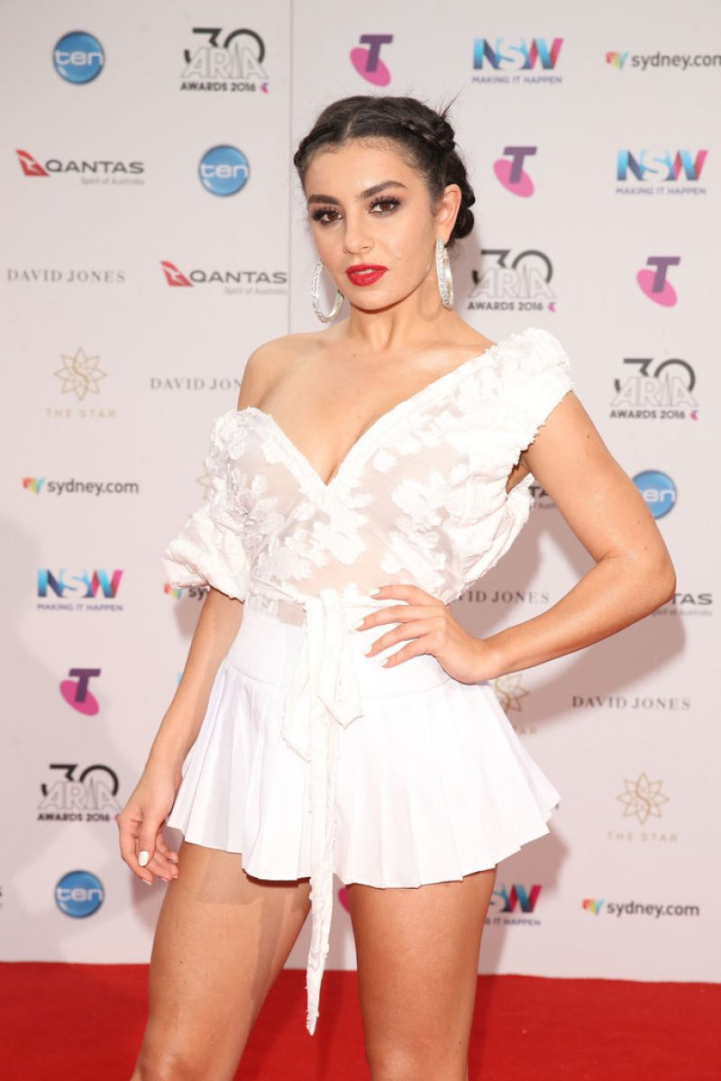 CHARLI XCX at 30th Annual Aria Awards 2016 in Sydney 11/23/2016