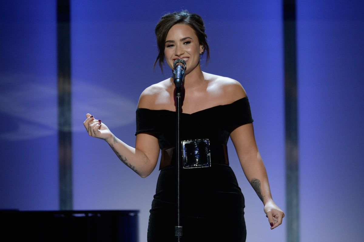 DEMI LOVATO Performs at Glamour Women of the Year 2016 in Los Angeles 11/14/2016