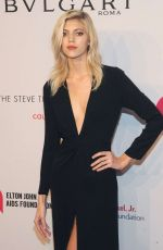 DEVON WINDSOR at 15th Annual Elton John Aids Foundation an Enduring Vision Benefit in New York 11/02/2016