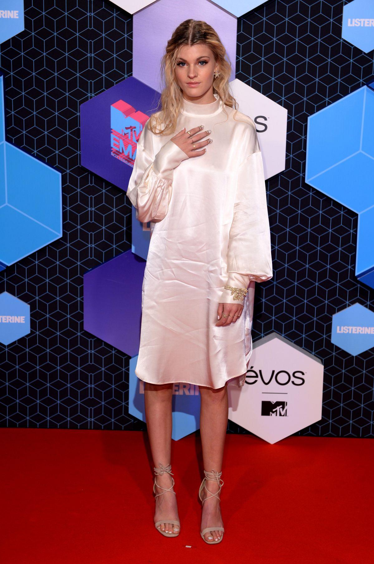 EMMA BALE at MTV Europe Music Awards 2016 in Rotterdam 11/06/2016