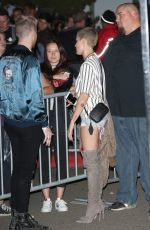 HALSEY Arrives at Kanye West's Saint Pablo LA Tour Stop in Inglewood 11/01/2016