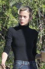 JAIME KING Out for Breakfast in West Hollywood 11/25/2016