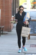 JENNIFER GARNER Out Shopping in Brentwood 11/23/2016