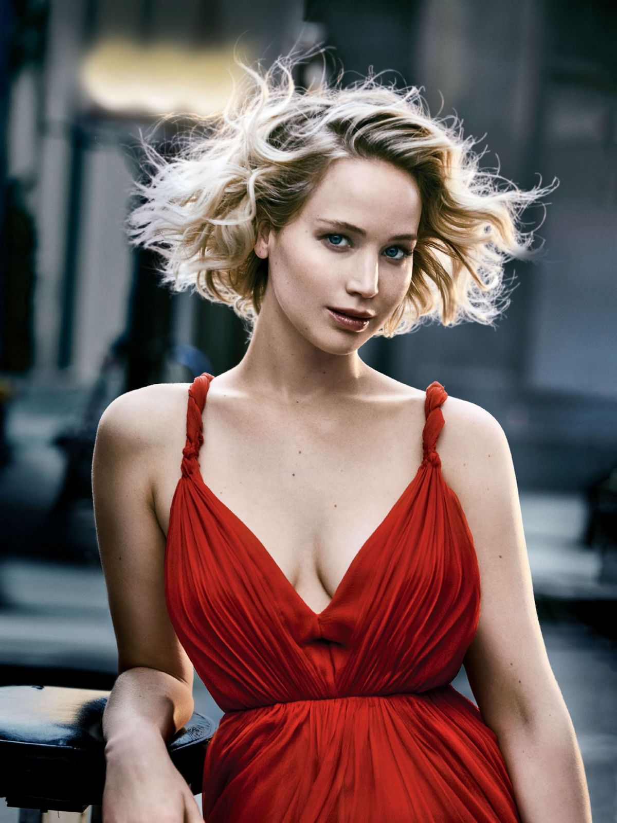 JENNIFER LAWRENCE in Vanity Fair, Holiday 2016/2017 Issue
