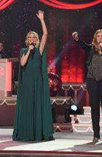 JENNIFER NETTLES at CMA 2016 Country Christmas in Nashville 11/08/2016