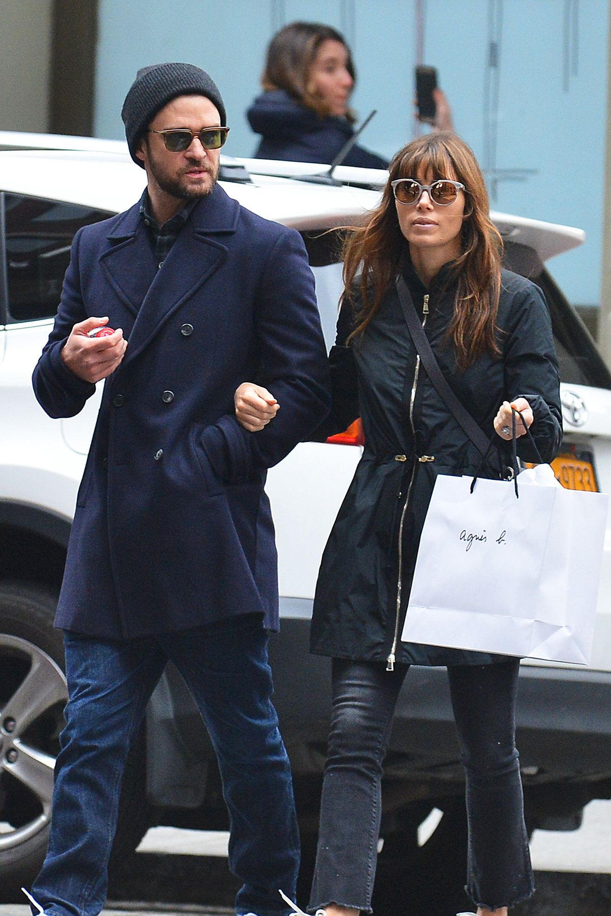 JESSICA BIEL and Justin Timberlake Out Shopping in New York 11/26/2016