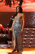 KACEY MUSGRAVES at CMA 2016 Country Christmas in Nashville 11/08/2016