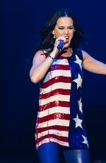 KATY PERRY Performs at Hillary Clinton Fundraiser in Philadelphia 11/05/2016