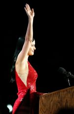 KATY PERRY Speaking Out for Hillary Clinton 11/08/2016